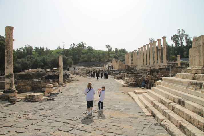 More of Zoë and her mother at Beth Shean